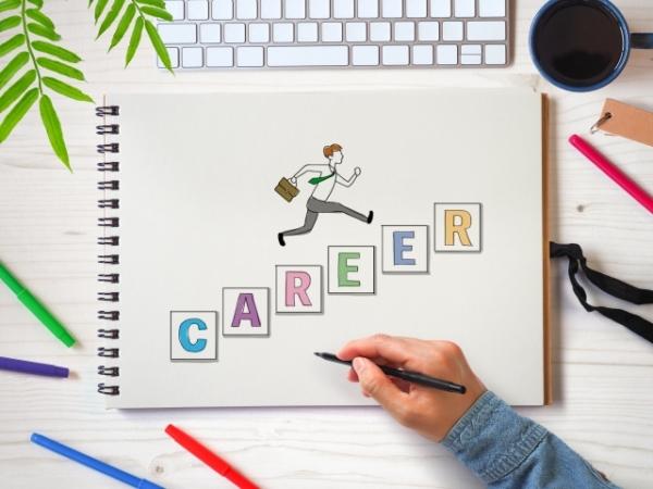 20代でキャリアアップを意識することが重要な3つの理由とは?