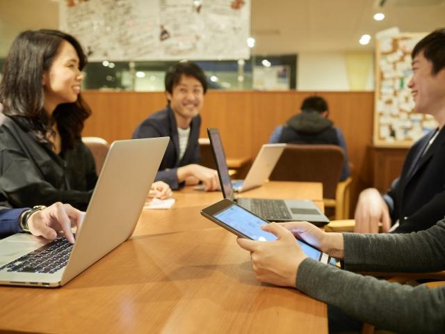 仕事をスムーズに進めるために テレワーク時代における仕事のコミュニケーション能力とは